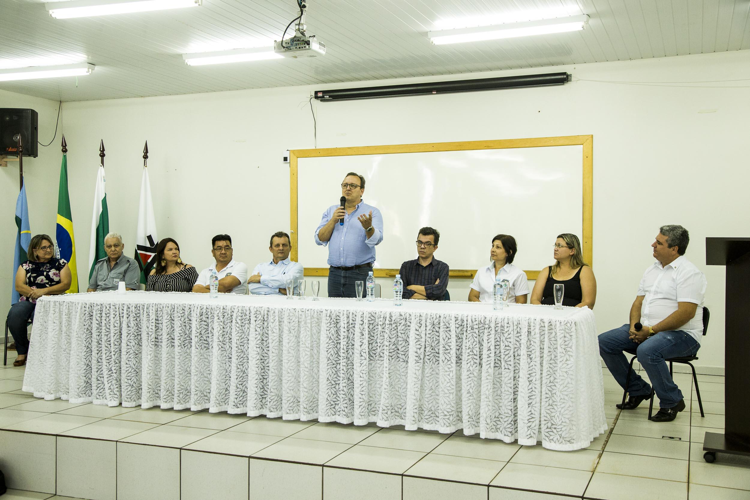 Goioerê recepciona os atuais gestores da UEM