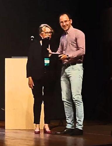 Professor da UEM ganha prêmio durante Encontro da ANPAD
