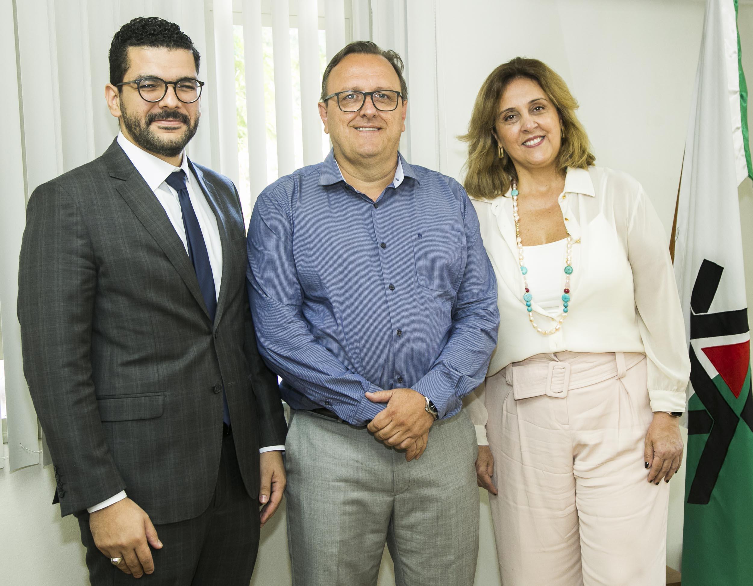 Nova presidente da OAB Maringá é docente da UEM