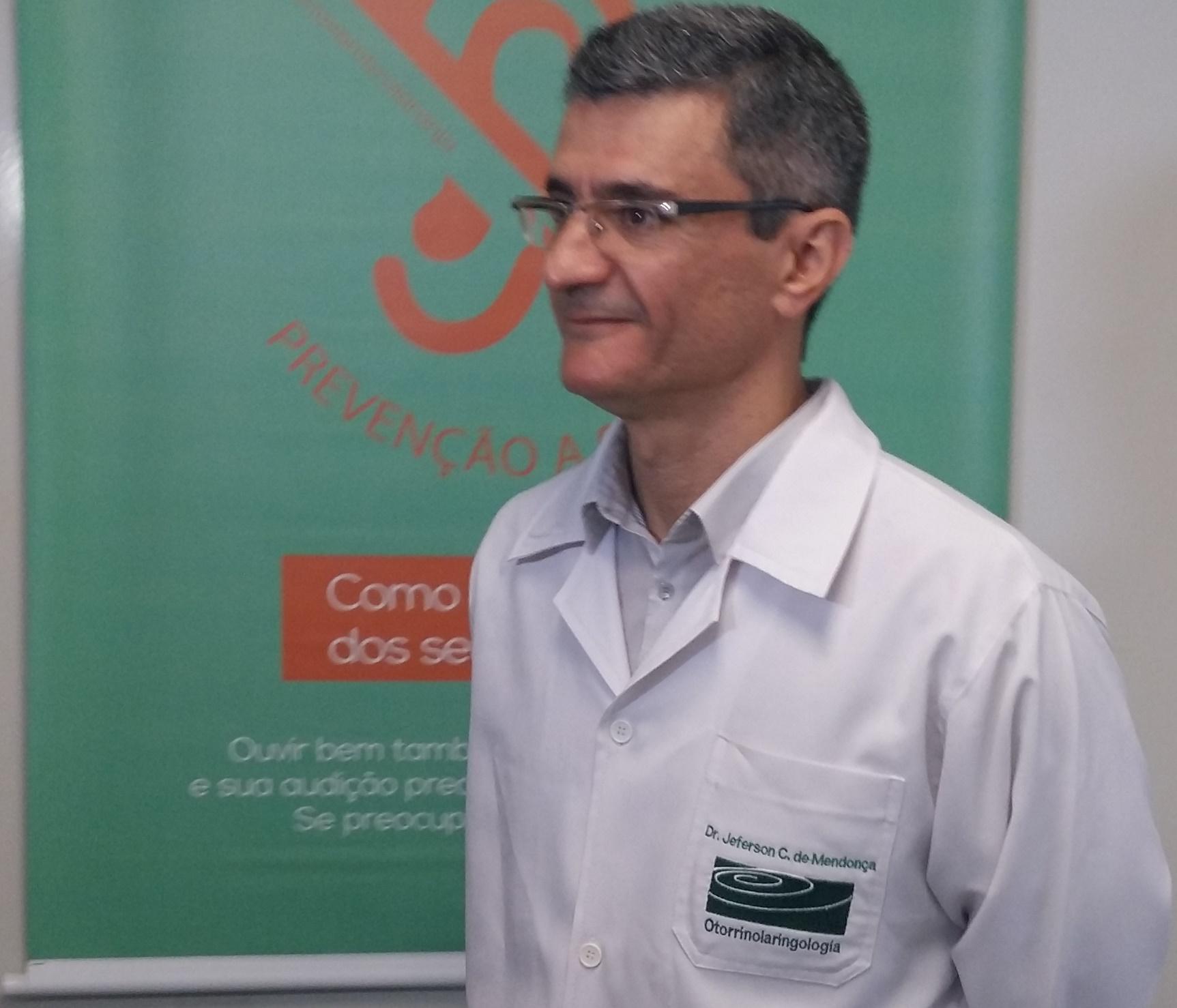 HUM conta com serviço de implante coclear