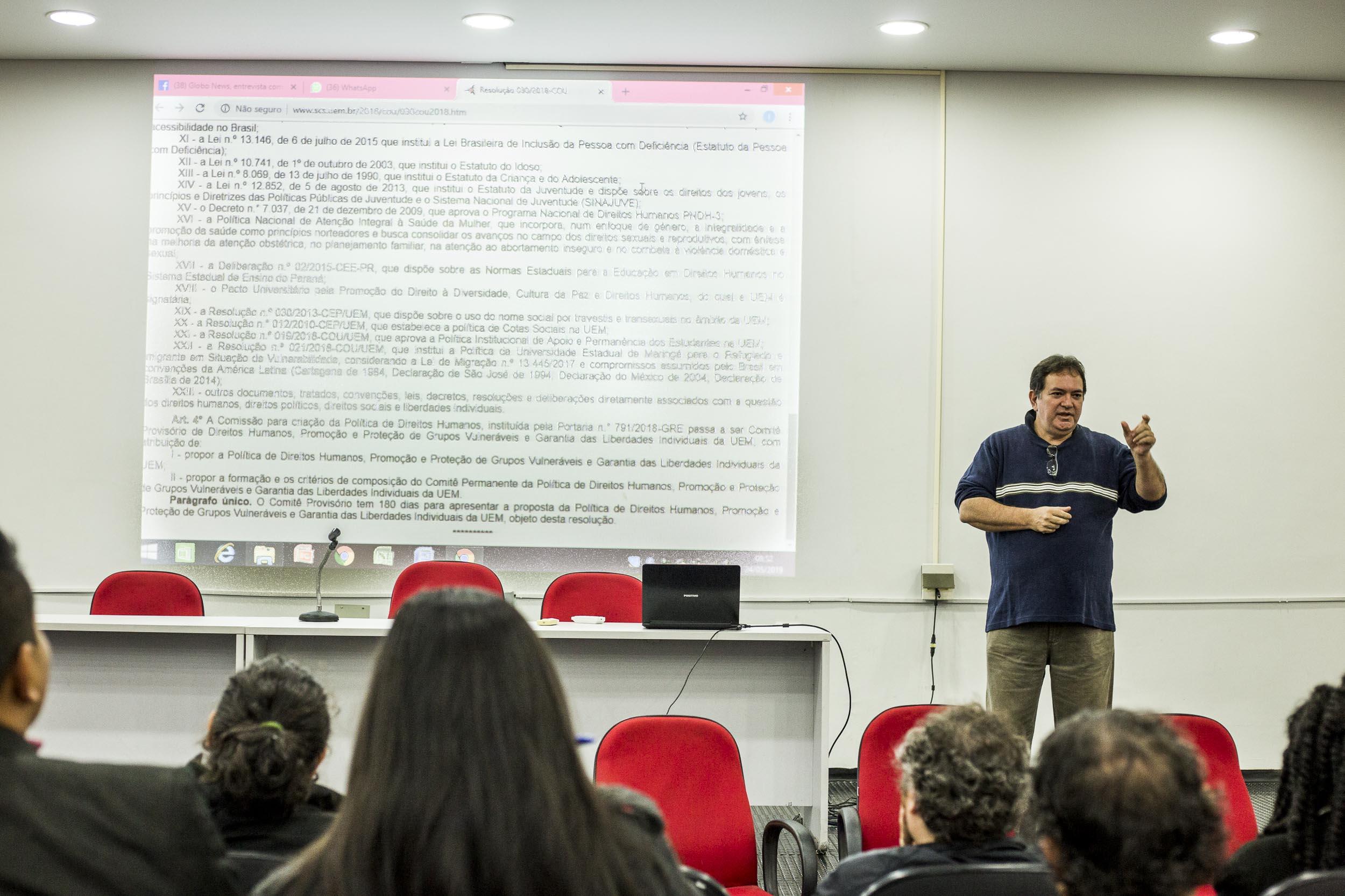 UEM colhe sugestões para a elaboração da política de Direitos Humanos