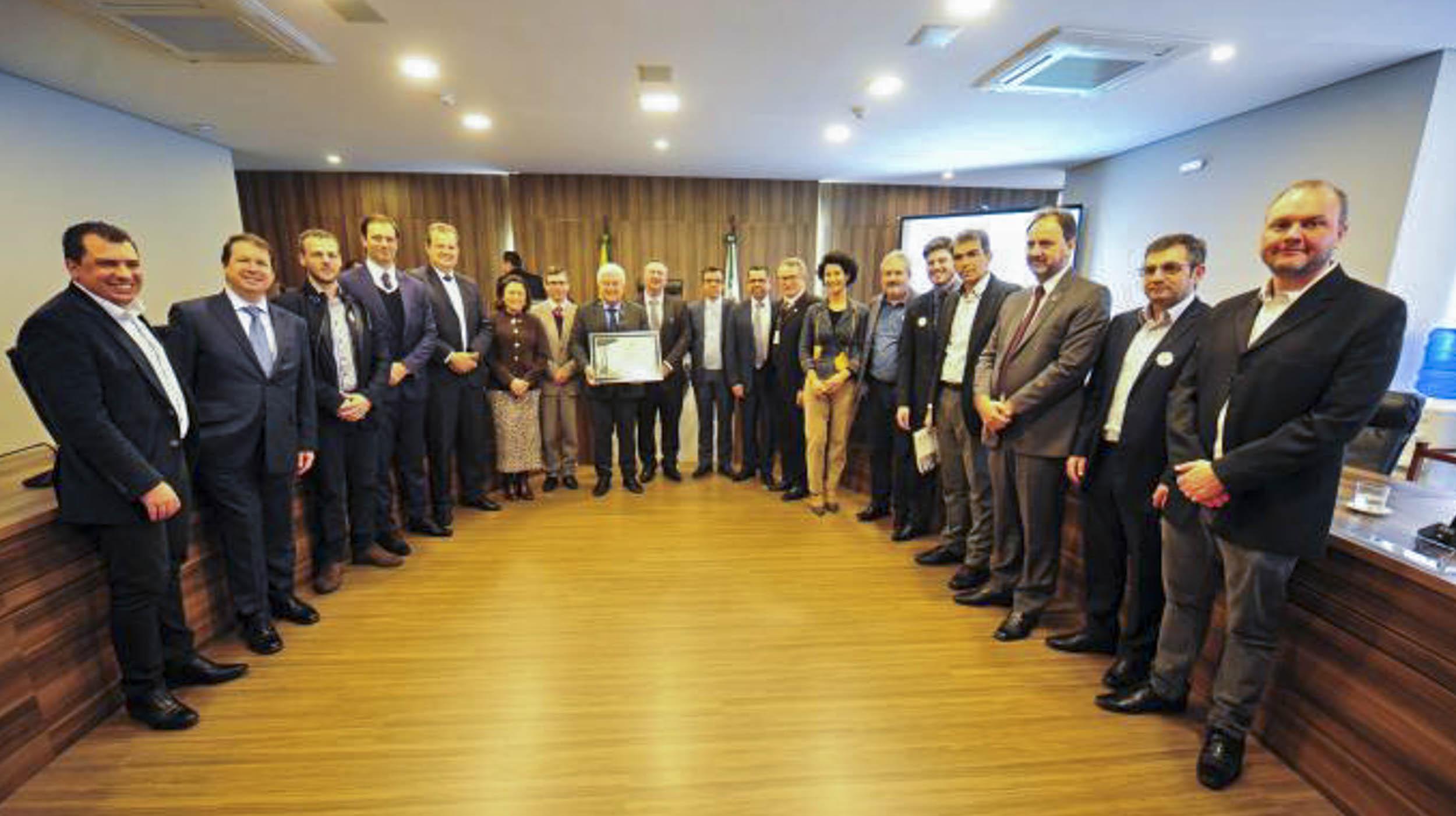 Reitores das universidades e superintendente da Seti se reúnem com ministro Marcos Pontes
