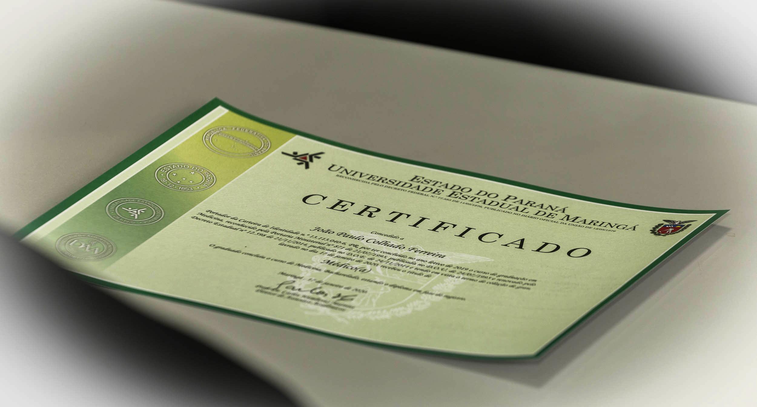 UEM entrega diploma a novos profissionais de Medicina