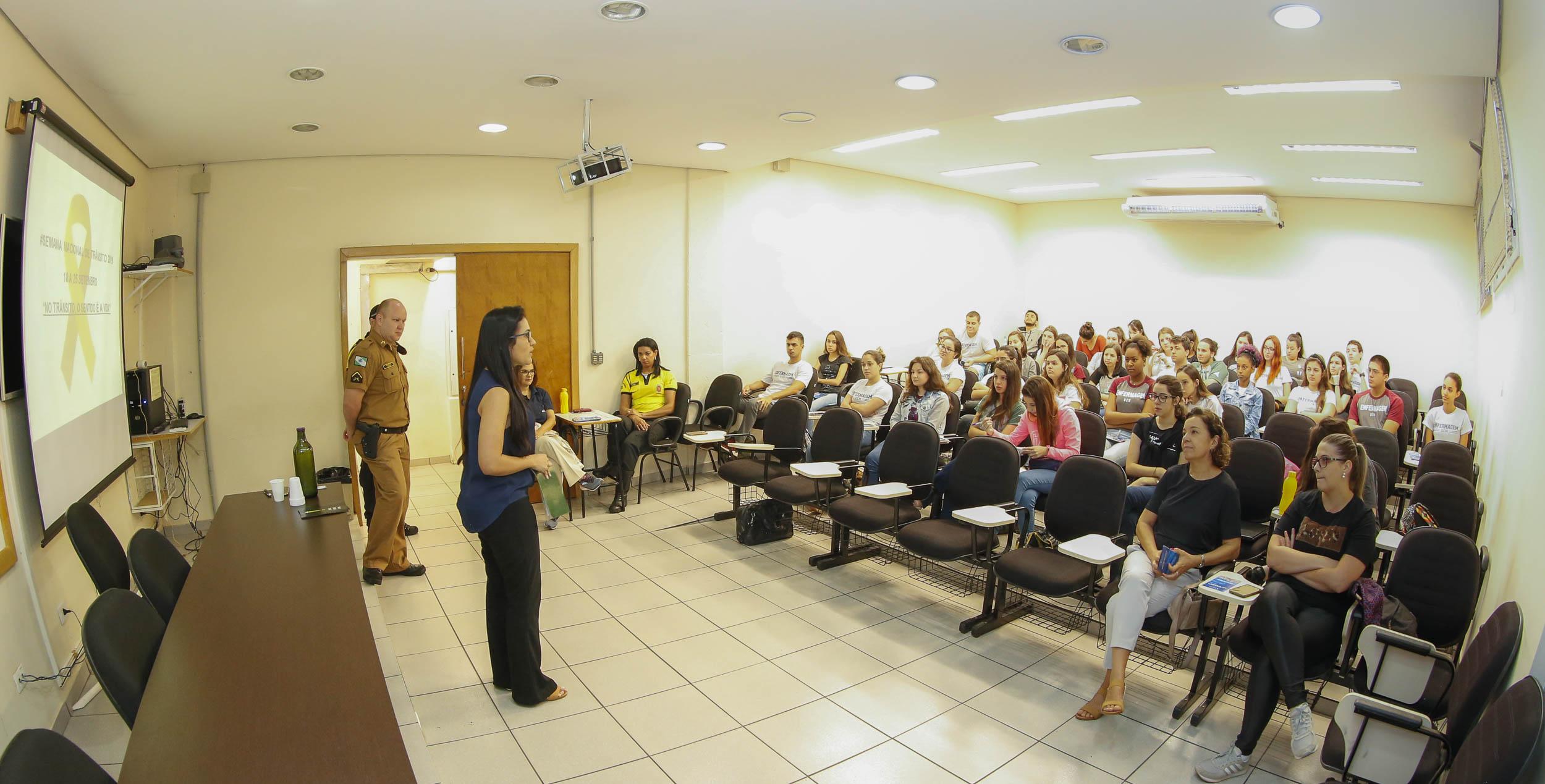 Semana Nacional do trânsito mira alunos de Enfermagem no início da graduação