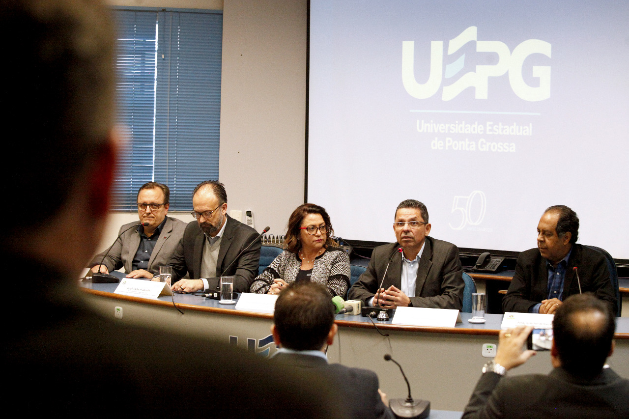 Reitores de universidades estaduais unem esforços contra cortes